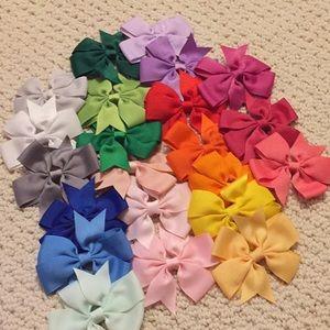 22 baby girl bows!